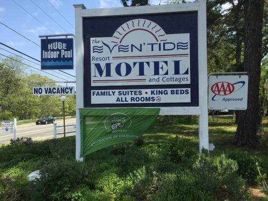 Even'tide Resort Motel and Cottages