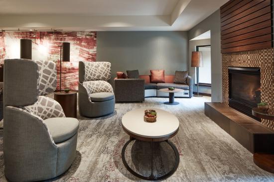 Clackamas, OR: Lobby Lounge