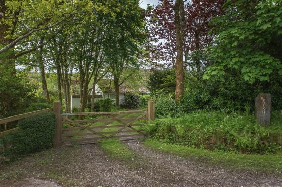 Romansleigh, UK: Home away from home behind this gate
