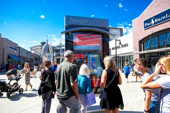 Grand Rapids, MI: Tanger Outlet