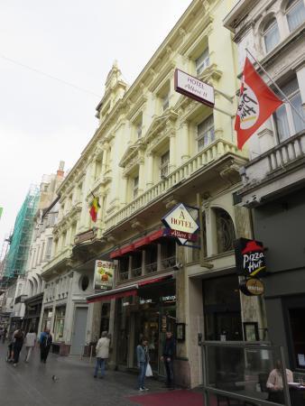 Hotel Albert II: Hotel in der Fußgängerzone, daher nachts ruhig