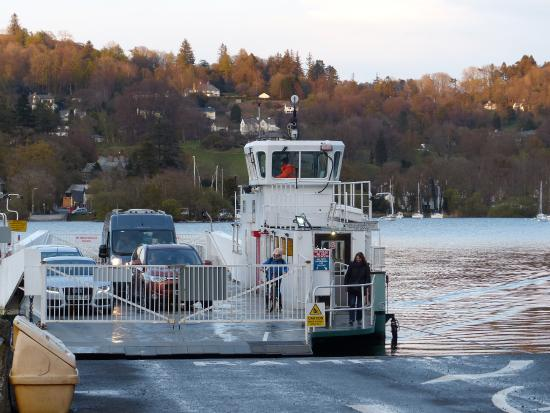 Sawrey Knotts : Ferry arriving from Bowness