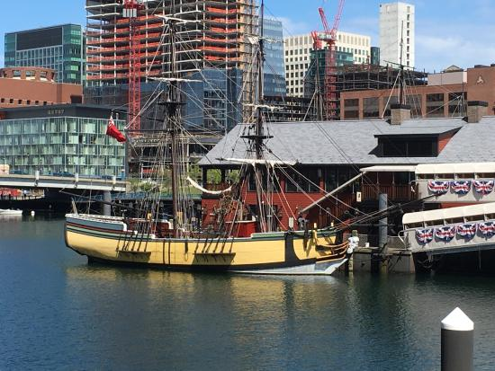 boston tea party site picture of north end boston tripadvisor. Black Bedroom Furniture Sets. Home Design Ideas