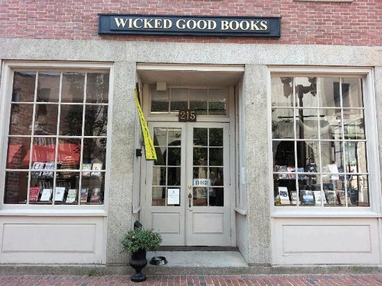 ‪Wicked Good Books‬