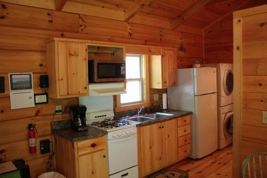 Dancing Sun Cabins Image