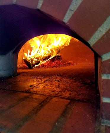 Antioch, Илинойс: Wood-Fired Pizza Oven