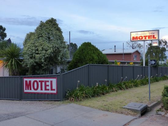 picture of mountain view motel corryong On mt vista cabina e motel