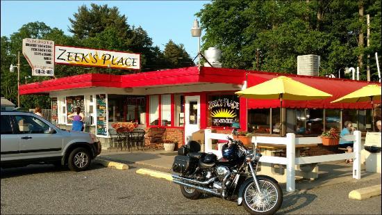 Belvidere, Νιού Τζέρσεϊ: Zeeks Place