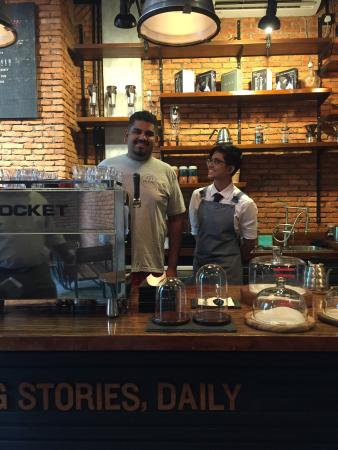 Meraki Coffee Roastery & Lab
