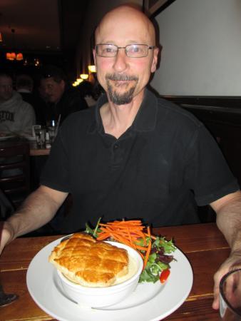 The Celtic Knot Public House: Delicious food! Shepard's pie!
