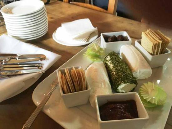 Cupitt's Kitchen: A MUST try, a selection of their cheeses