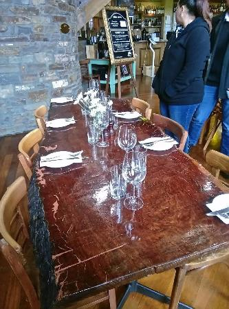 Barossa Valley, Australia: Several of the dining tables are made from large slabs of red gum.