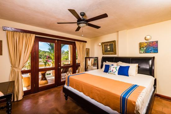 Chambre lit King-Size avec Terrace vue sur Piscine et Jardin ...