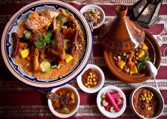 Menthe et Couscous : Couscous and Tajines