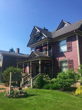 Bella Rose Bed and Breakfast Picture