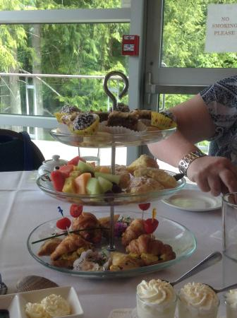 Bowser, Canadá: High Tea at the Marine Station