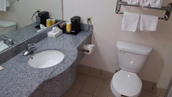 La Quinta Inn & Suites Mobile - Daphne: 20160527_142354_large.jpg