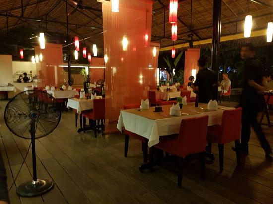 Viroth's Restaurant Photo