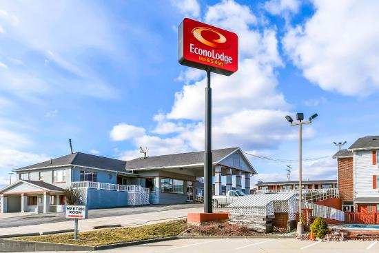 Photo of Econo Lodge Inn & Suites Chillicothe