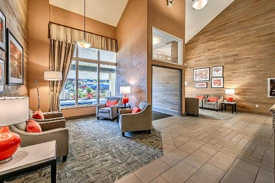 BEST WESTERN PLUS Oak Harbor Hotel and Conference Center