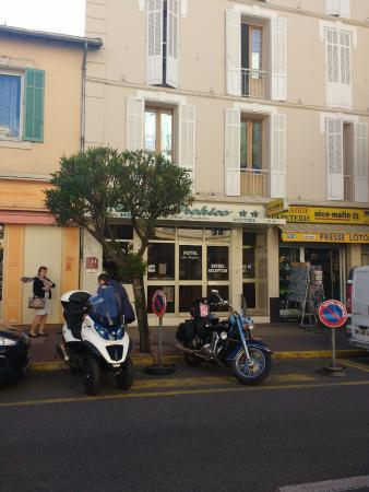 Hotel Au Tropico: facade