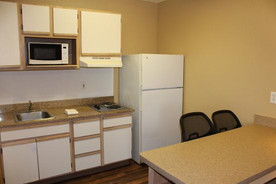 Extended Stay America - Houston - Katy Freeway - Energy Corridor: Fully Equipped Kitchens