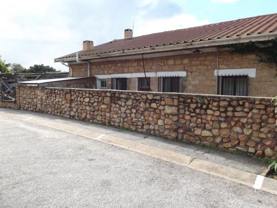 Stone Cottage Photo