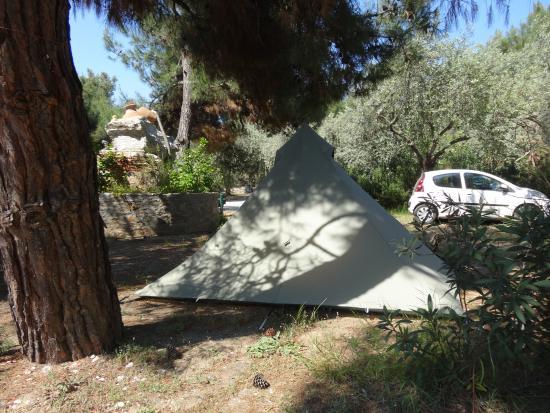 Camping Pefkari