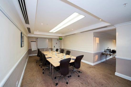 Hilton Dartford Bridge: Meeting Room