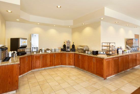Country Inn & Suites By Carlson, Corpus Christi: CCTXBreakfast Room