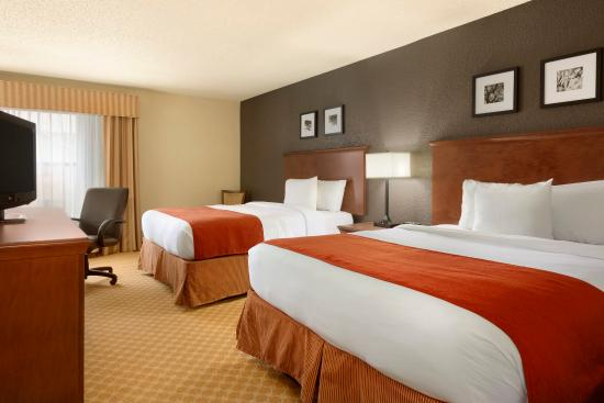 Country Inn & Suites By Carlson, Corpus Christi: CCTXQueen Bedroom