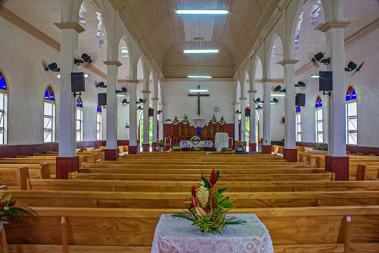 Cook Island Christian Church (CICC): Interior