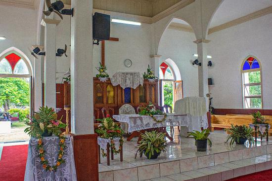 Cook Island Christian Church (CICC): Front interior