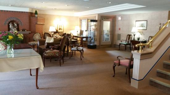 Clarkson Inn: seating area