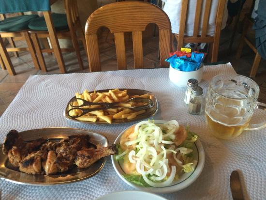 Palacio Do Piri Piri: Chicken piri piri with a mountain of chips and salad.