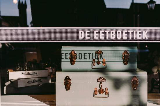 De etalage van De Eetboetiek