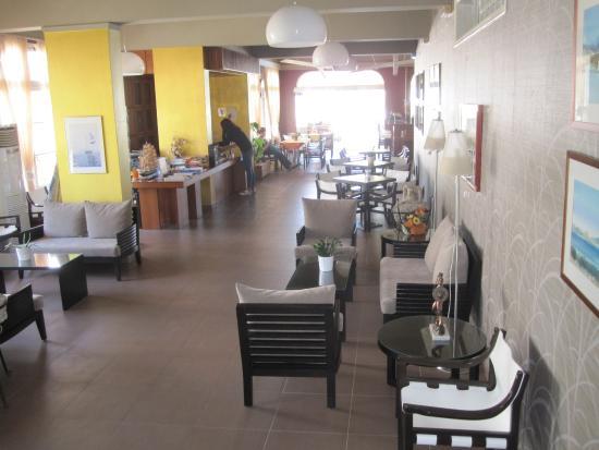 Athos Hotel: Reception area