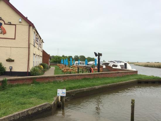 The Ferry Inn: photo0.jpg