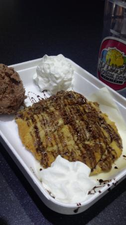 D'lush Ice Cream And Dessert Parlour