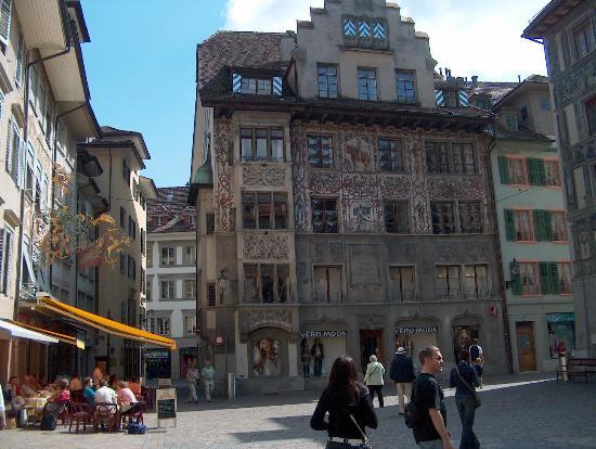 Old Town Lucerne: Rössligasse / Kornmarkt