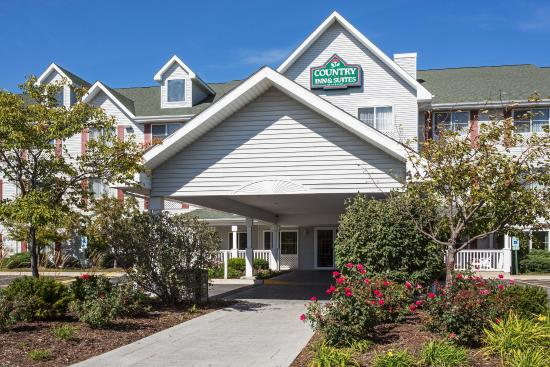 Country Inn & Suites By Carlson, Gurnee: CountryInn&Suites Gurnee ExteriorDay
