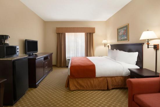 Country Inn & Suites By Carlson, Columbus: CLBSStudio Suite