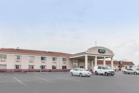 Photo of Quality Inn Scottsburg