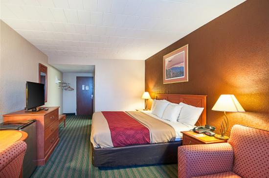 Econo Lodge: Guest room