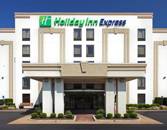Photo of Holiday Inn Express Hotel & Suites Fayetteville-Univ of AR Area