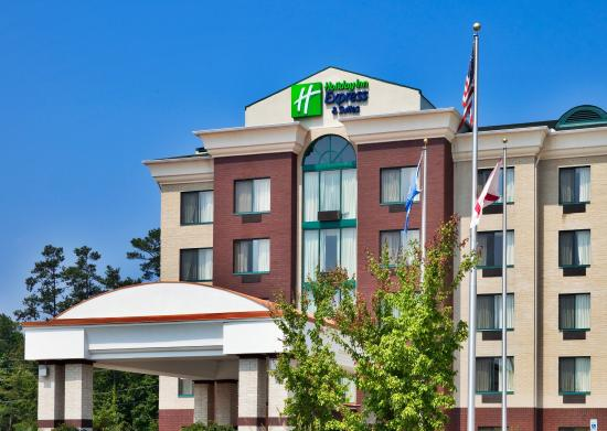 Holiday Inn Express Birmingham/Inverness