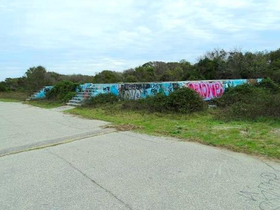 Folly Beach, Carolina del Sur: coast guard building remains
