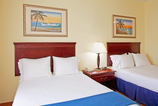 Holiday Inn Express Hotel & Suites Panama City - Tyndall: Double Bed Guest Room