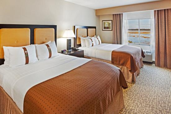 Holiday Inn & Suites Beaufort at Highway 21: Two Queen Bed Guest Room is perfect for family and friends