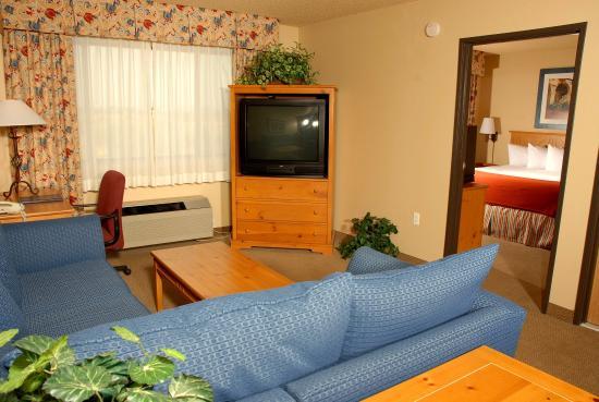 Lexington Inn & Suites - Goodyear / West Phoenix: Jacuzzi Suite